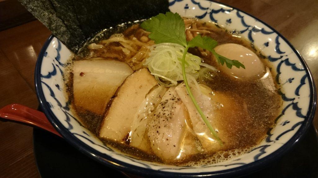 特製比内地鶏の煮干しらぁめん(1080円)