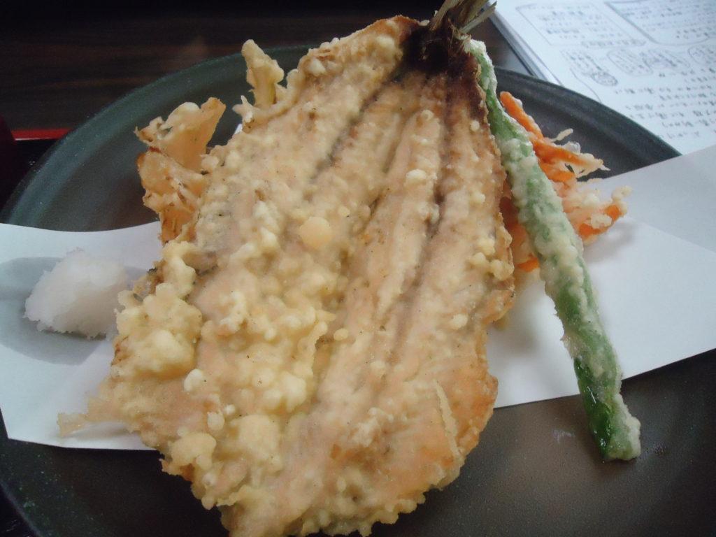 いわしと有機野菜の天ぷら(860円)